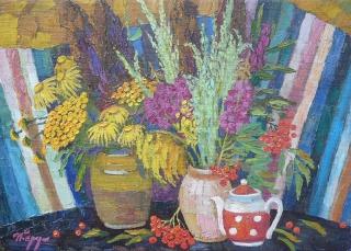 Полевые цветы и полынь