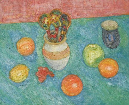 Натюрморт фрукты на голубом