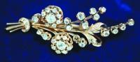 Брошь с алмазами