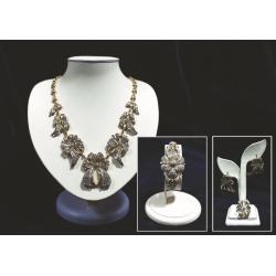 Комплект (колье,серьги,кольцо, браслет) с голубыми и белыми бриллиантами