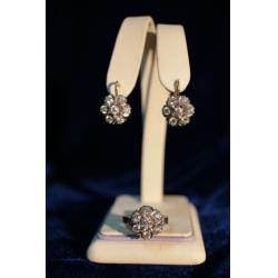 Комплект с бриллиантами (серьги, кольцо)